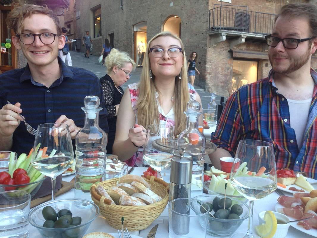 Communication-in-tuscany